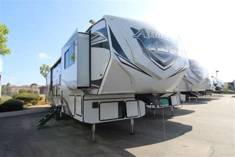 2021 Eclipse Attitude Wide Body 5th Wheel 3928 RR ...