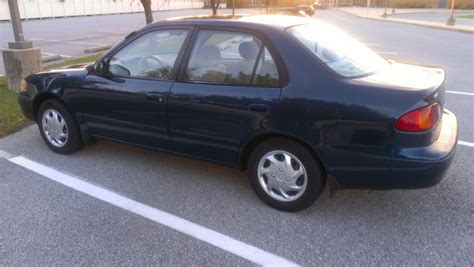 2000 Toyota Corolla Ce by 2000 Toyota Corolla Pictures Cargurus
