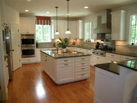 tropical brown granite kitchen traditional with bench