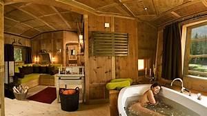 Baumhaus Ohne Baum : campen mit eigener badewanne m glich im baumhaus zu ~ Lizthompson.info Haus und Dekorationen