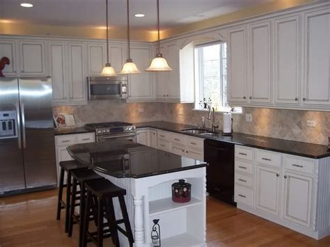 how to update honey oak kitchen cabinets 54 best better oak kitchen cabinets images on 9594