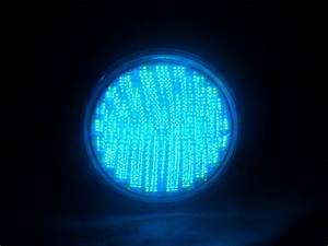 Ampoules A Baionnette Couleur : ampoule led pour piscine rgb changement de couleur ~ Edinachiropracticcenter.com Idées de Décoration