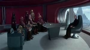 Chancellor Palpatine Meets With The Jedi & Loyalist ...