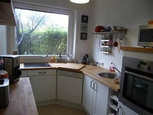 Cuisine amenagee pour petite piece maison design bahbecom for Amazing meuble pour petite cuisine 4 la cuisine haut de gamme pour tous cuisiniste design aviva