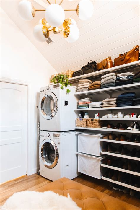 Master Closet With Washer And Dryer by Stackable Washer Dryer In Master Closet New Darlings