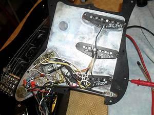 Standard Roland Ready Stratocaster