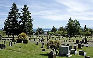 Panoramio - Photo of Seattle 2012 - Lake View Cemetery ...