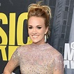 Carrie Underwood's First Photo After Getting 40 Stitches ...