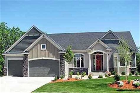 craftsman style ranch house plan home plan
