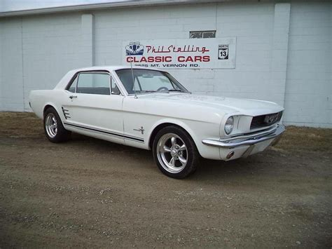 best 1966 ford mustang 25 best ideas about 1966 ford mustang on 66