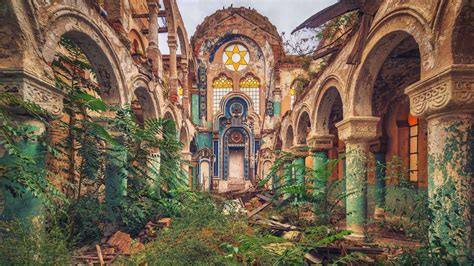 Photographing Abandoned Places Of Worship