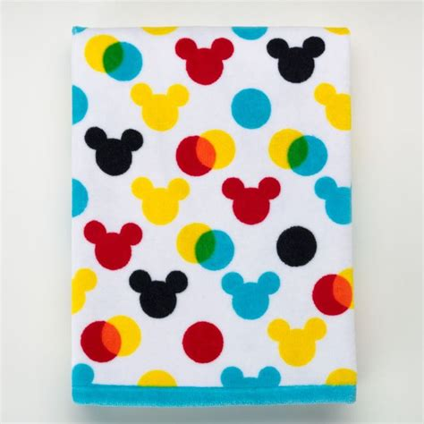 Disney Bathroom Accessories Kohls by 1000 Ideas About Mickey Mouse Curtains On