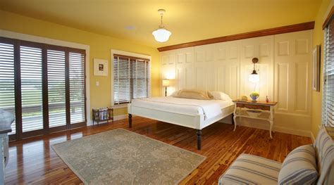 paint colors that go with trim and cabinets my favorite neutral paint colors favorite