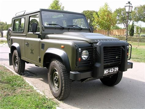 land rover military defender military vehicle photos land rover defender 90