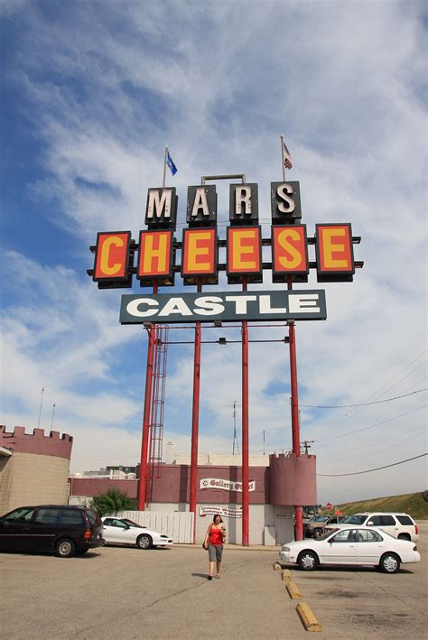 Mars Cheese Castle - Wikipedia