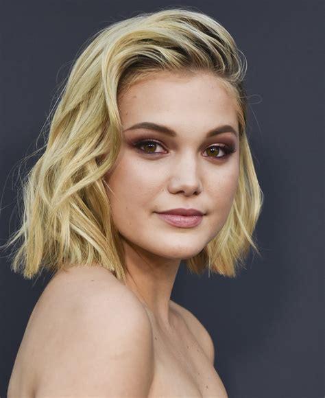 olivia holt short wavy cut short hairstyles lookbook