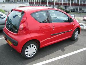 Dimension Peugeot 107 : file peugeot 107 wikimedia commons ~ Maxctalentgroup.com Avis de Voitures
