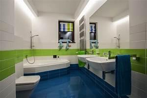 salle de bain enfant 23 idees originales pour votre deco With salle de bains enfants