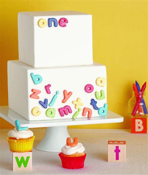great cake decorating  tomkat studio blog
