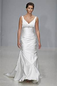 The style guide for full figured brides photo 1 for Wedding dresses for curvy figures