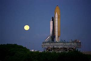 Launchpad On Columbia Space Shuttle Before Launch - Pics ...