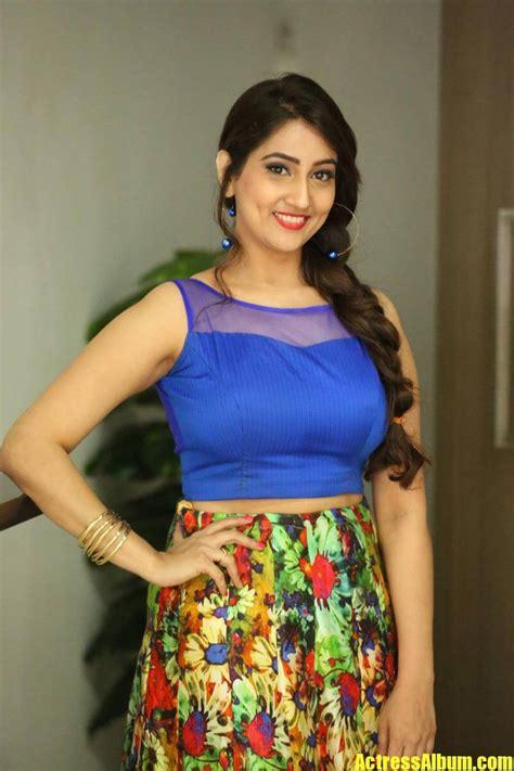 anchor manjusha latest hot   blue dress actress