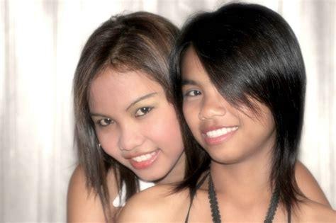 Thai Bar Girls In Pattaya Looking Through Your Eyes