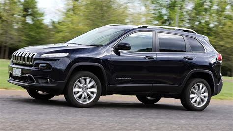 diesel jeep cherokee 2014 jeep cherokee limited diesel review first drive