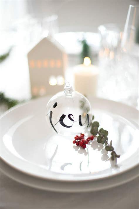 baum mit vögel christbaumkugel mit lettering bemalen 3 fr 228 ulein selbstgemacht