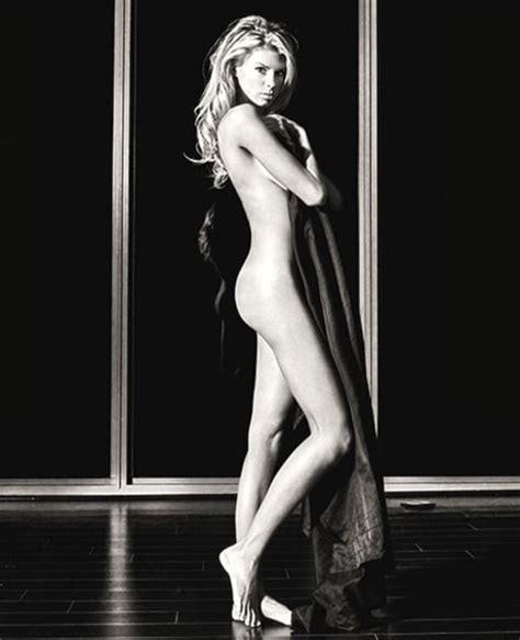 Charlotte Mckinney Topless Photo Leaked Photo Scandal