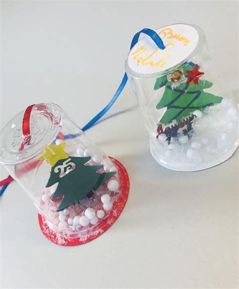 Palla Con Bicchieri Di Plastica by Lavoretto Natalizio Con I Bimbi La Palla Di Neve Fai Da