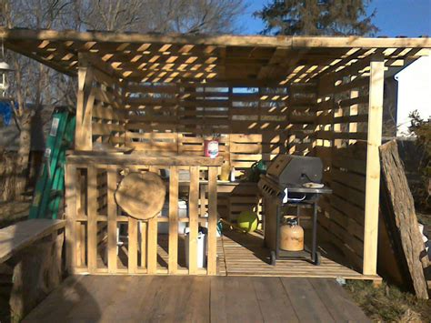 pallet hut work  progress  pallets