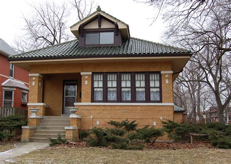 Bungalows : Anne Rossley Real Estate