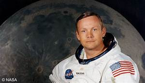 Newswatch: First man on the moon, Neil Armstrong dies at 82