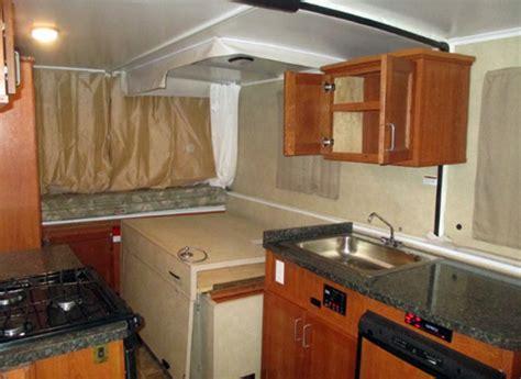 trailmanor qb travel trailer  hard side folding rvs
