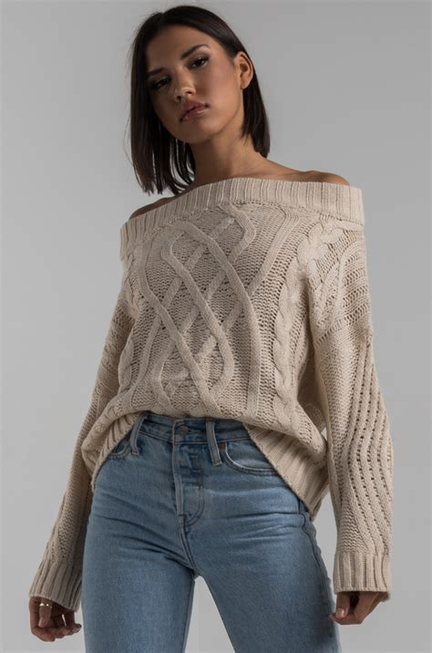akira cable knit  shoulder long sleeve cozy thick sweater  beige red bean