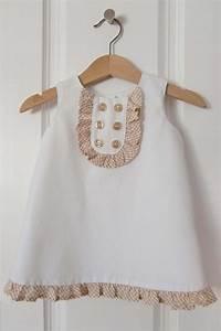patron gratuit une robe chasuble pour bebe fille paperblog With patron robe bébé gratuit