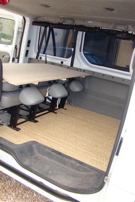 camion amenage pour cuisine 1000 idées sur le thème amenagement trafic sur