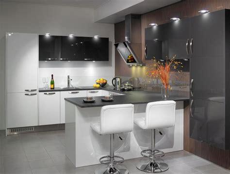 Virtuve Ar Iefrezetiem Rokturiem Cocinas Modernas Skandināvu Dizaina Virtuves Virtuves Lv
