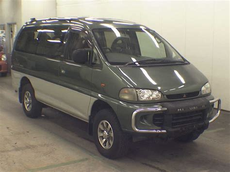 best mitsubishi delica 17 best images about mitsubishi delica on