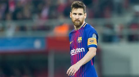 With a net worth of roughly $500 million, cristiano ronaldo is the wealthiest soccer player in the world, followed by david beckham ($450 million), lionel messi ($400 million); Rich Soccer Coaches / Rich Stoneman Women S Soccer Coach Longwood University Athletics : The ...