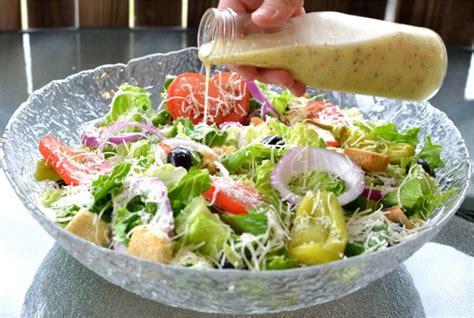 olive garden salad copycat olive garden salad dressing the cozy cook