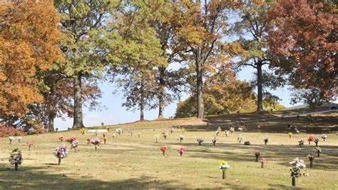 Forest Memorial Gardens by Forest Memorial Gardens Cemetery In Forest Park