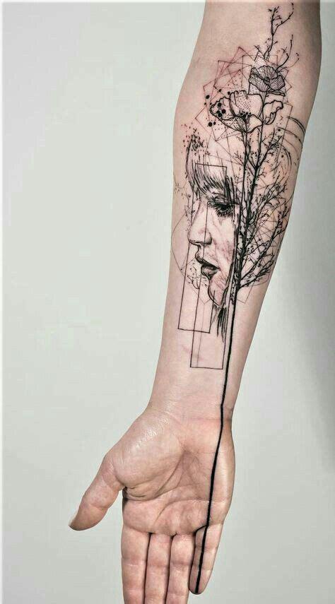 epingle par hannah olanrewaju sur tattoos pinterest