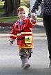 Abel Arnett Photos Photos - Amy Poehler Walks Her Boys To ...