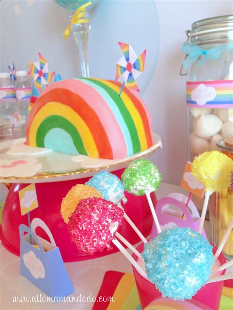 deco chetre pour anniversaire la sweet table d 233 co d anniversaire quot arc en ciel quot les photos allo maman dodo