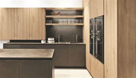 cuisine gris clair et blanc cuisine gris clair et blanc 2 cuisine en bois bois