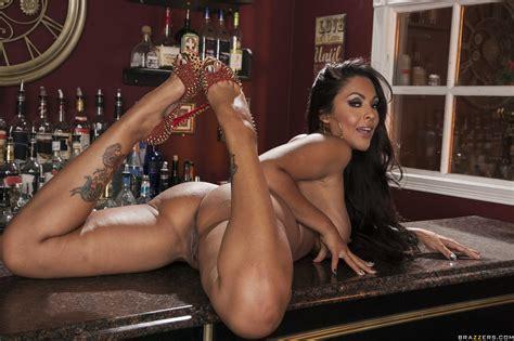 Smoking Hot Brunette Is Posing While Naked Photos Kiara Mia Nina Mercedez Milf Fox