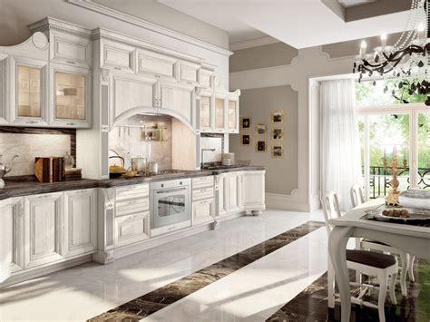 cucina decapata  maniglie pantheon cucina laccata