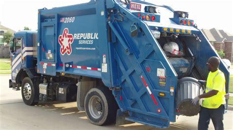 republic services pete  heil pt rear loader youtube